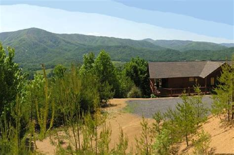golden view lodge smoky mountain paradise at black