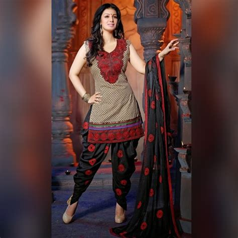 Kurta Colors by 16 Different Types Of Salwars That Every Woman Must Own In