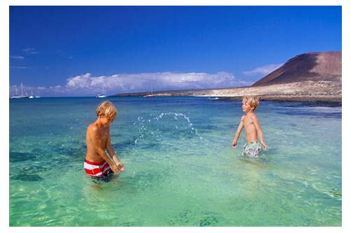 october holiday deals to tenerife