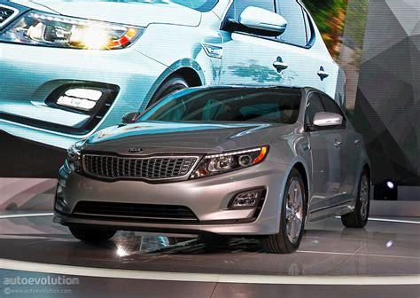 2014 Kia Optima Consumer Reviews 2014 Kia Optima Hybrid Gets A Refresh For The Chicago Auto