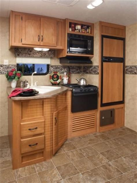 Keystone Kitchen Cabinets 1000 Images About Rv Stuff On Pinterest In The Light Cers And Keystone Rv