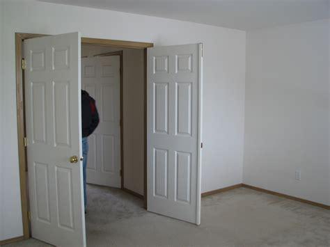 Master Bedroom Double Doors Explorations Of Jackie Amp Joe New Mill Creek Rental House