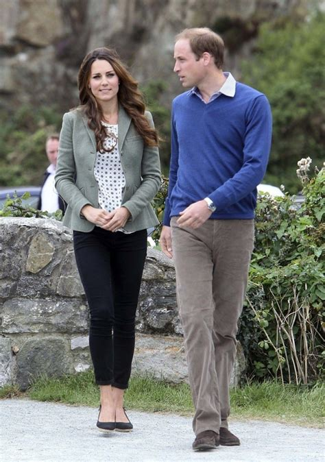 kate middleton and prince william at marathon pictures kate middleton latest photos duchess of cambridge and