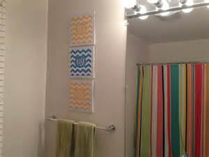 Two it yourself diy kids guest bathroom wall decor free printables
