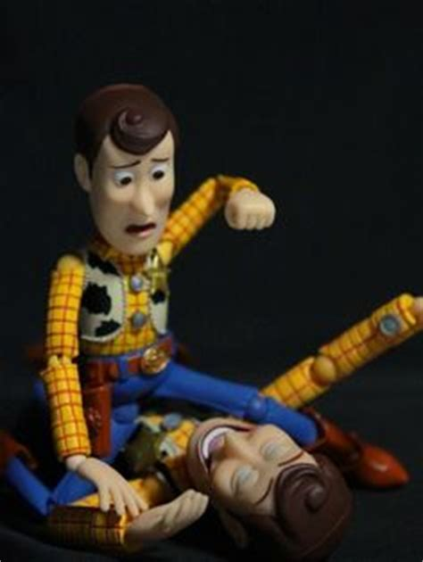 Revoltech Woody Meme - revoltech toy story woody the return of japan s
