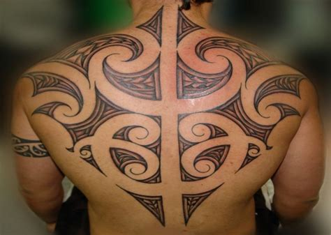 maori tribal tattoo on back pictures fashion gallery
