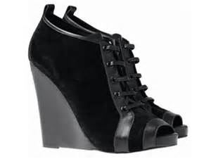 Shopping Alert Hardy For Gap by Finally Gap X Booties By Hardy To Hit Select Nyc