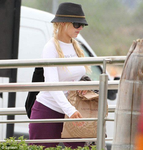 Xtina Is Not Preggers by Richie March 2010 November 2010 Page 92 The