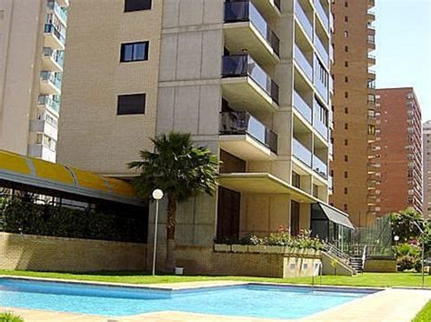 apartamentos torre ipanema en benidorm destinia