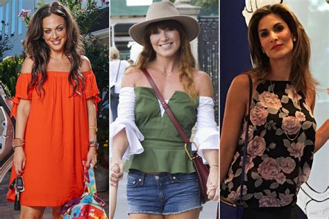 hot celeb moms these hot moms love to strut their stuff at school drop off