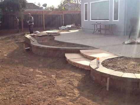 retaining wall bench small retaining wall bench seat concrete masonry pinterest