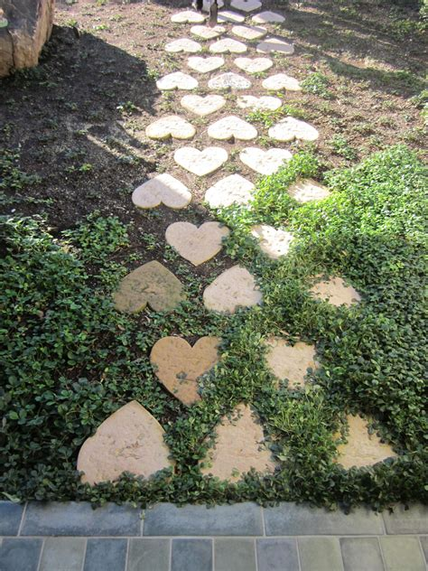 backyard stepping stones heart stepping stone path backyard garden pinterest