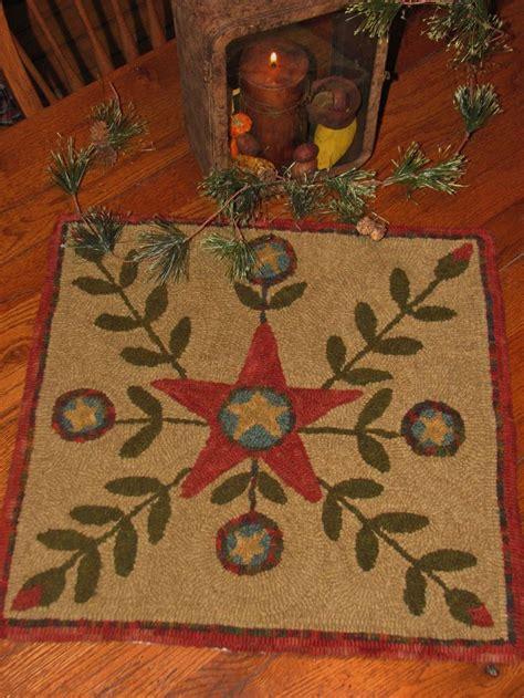 hook rug patterns 945 best hooky proggy mats images on rug locker hooking and rag rugs