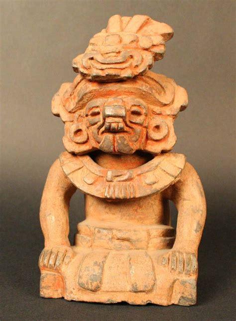 imagenes de olmecas y zapotecas urna funeraria cocijo dios de la lluvia museo chileno