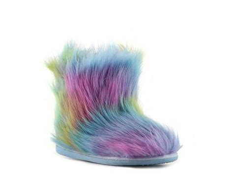 steve madden slippers fuzzy steve madden fuzzy youth slipper dsw