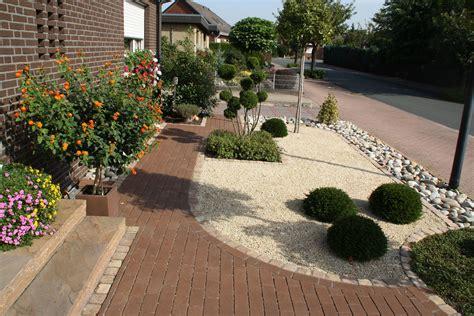 Pflegeleichter Vorgarten Pflanzen by Pflegeleichter Vorgarten Garden G 228 Rten