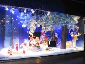 superb Christmas Decoration Outside Home #1: Christmas-Window-Decoration-8.jpg