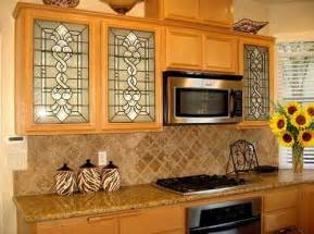 Glass Inserts For Kitchen Cabinets by Glass Inserts For Kitchen Cabinets That Giving Different