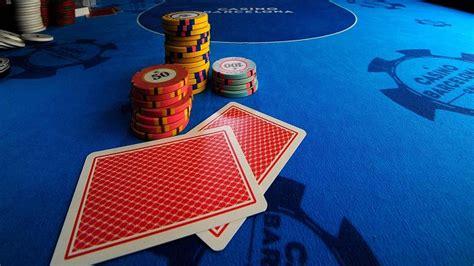 bermain poker deposit pulsa telkomsel  menguntungkan