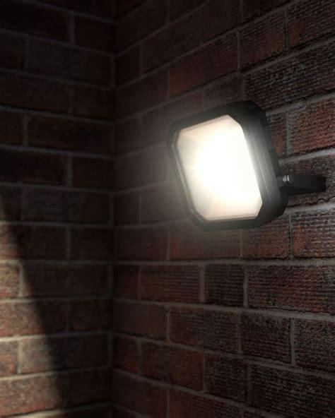 solar outdoor lights uk outdoor lighting garden solar lights