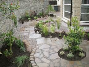 Paving Ideas For Small Gardens Innovative Paving Designs For Small Gardens 17 Best Ideas About Slate Paving On Slate