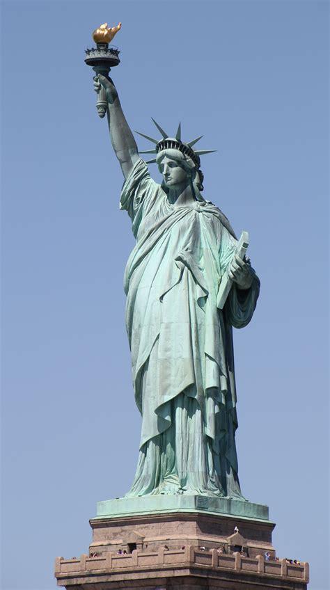 statue of liberty flight path