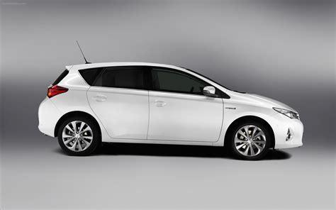 Toyota Auras Toyota Auris Hybrid 2013 Widescreen Car Wallpapers