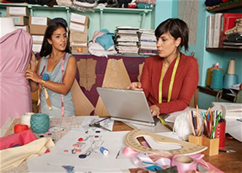 Fashion Designer Education And by Earn An Associate S Degree In Fashion Design