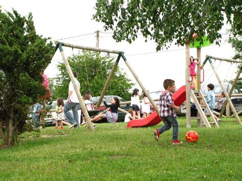 imagenes de niños jugando en un parque im 225 genes de ni 241 os en el parque