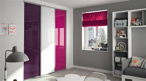 Nice Couleur Chambre Adulte #4: Chambre-placard-kazed-verre-laque-prune-blanc-fushia.jpg