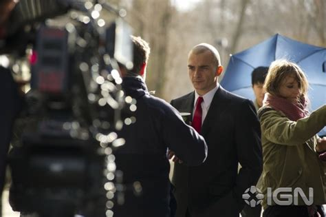 zachary singapore actor agent 47 climax set in singapore zachary quinto shows
