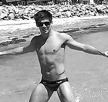 Male Celebrities Naked Grant Gustin Actor See More Here