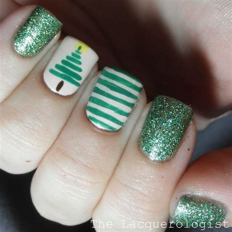 christmas nail art 1 stripe christmas tree the