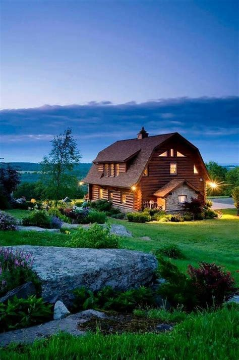 barn shaped houses lovely barn shaped gambrel roof homes pinterest