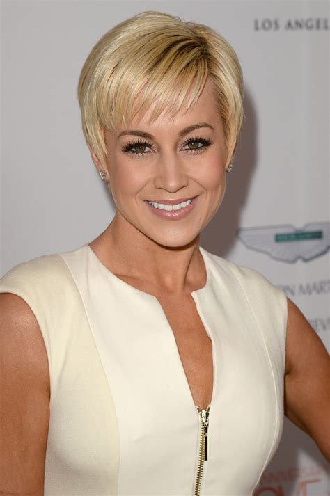 kellie bright hair styles kellie pickler pixie pixie lookbook stylebistro
