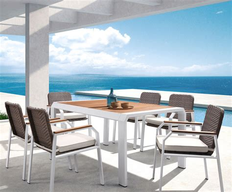 Outdoor Living Higold Teakman Dining Set Contemporary Outdoor Furniture Miami