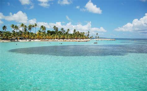 Location à Sainte Anne en Guadeloupe, appartement de luxe 971
