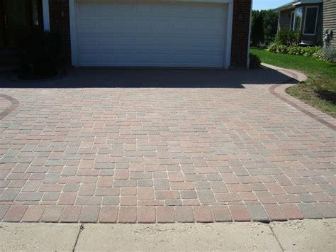 Clean Brick Patio by Brick Paver Patio Cleaning Sealing Brick Paver Sidewalk