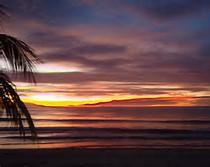 Pemandangan Pantai Waktu Senja