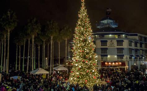 sacramento capitol christmas tree lighting 2017 weekend picks tree lightings festival of lights