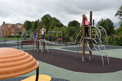 childrens playgrounds play areas  parks  wiltshire