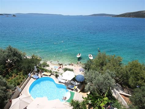 Einsame Hütte Mieten 2 Personen by Croatia Trogir Apartments Amazing Sea View Only 10m From