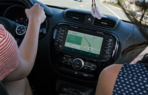 android auto app publishes the android auto app to the play store