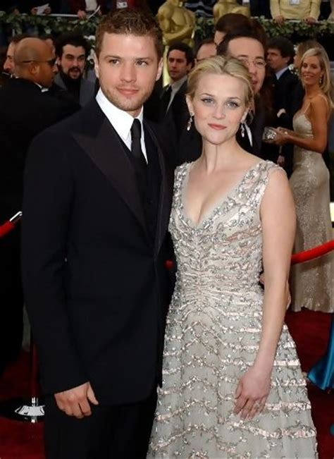 8 Surprising Splits by Reese Witherspoon And Phillippe 1997 2006