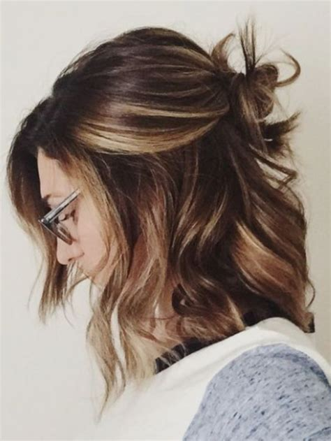 popular hair cuts and color for a 62 yr old woman best 20 tortoiseshell hair ideas on pinterest short