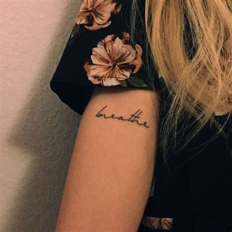 tattoo fonts minimalist 3434 best best small tattoos ideas images on