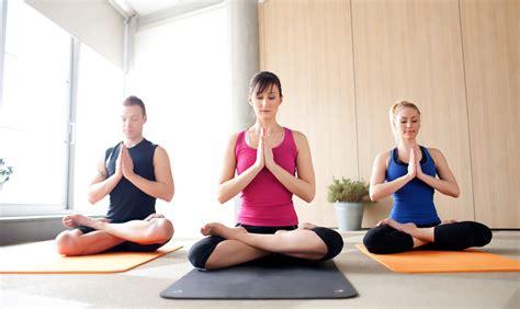 imagenes de yoga terapia yoga for snoring snoring remedy yoga snoring yoga