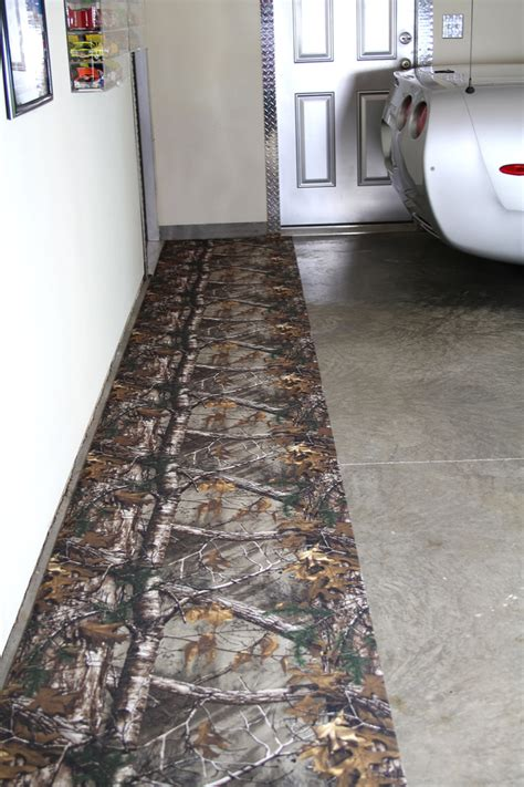 Garage Floor Runner Mat by Realtree Camo 29 Quot W X 9 L Garage Floor Runner Mat