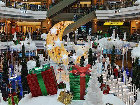 christmas   decorations  kuala lumpurs shopping malls