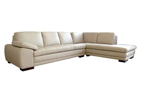 Modern Sectional Sofa With Tufted Leather Upholstery